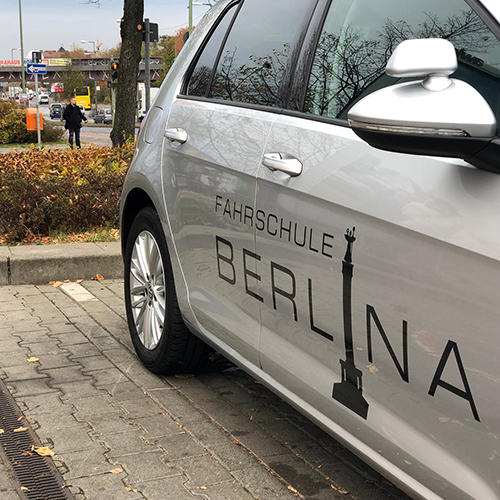 Wir suchen Fahrlehrer in Berlin - Fahrschule Berlina, die Fahrschule in Steglitz